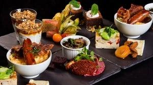 Prøv en lækker luksus brunch i København eller Århus, som f.eks. kunne se ud som på billedet.