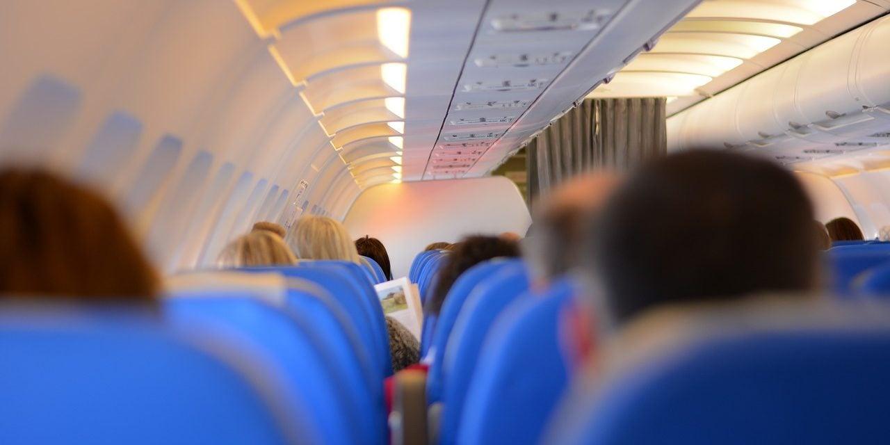 Underholdning før og under flyveturen