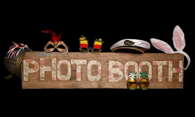 En photo booth sikrer underholdningen til din fest!